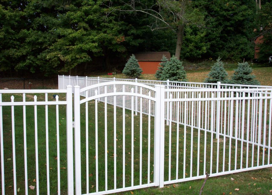 3 Rail White Aluminum Fence Style Canterbury With Self