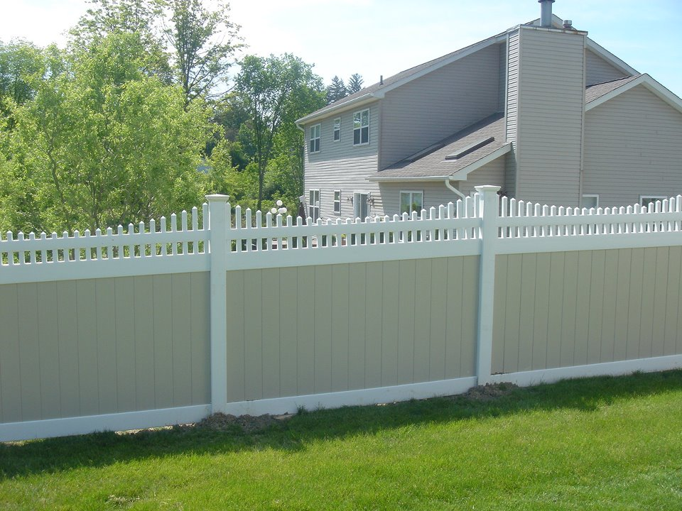 Vinyl Privacy Fence With Tan Boards And White Frame With New England Post  Caps And Victorian